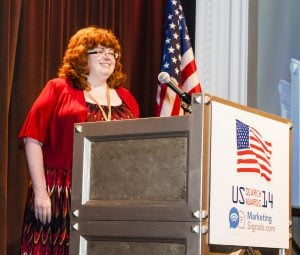Tracy Sabattis accepting the 2014 US Search Award