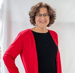 Headshot of Pam Holt, CFO at Mannix Marketing