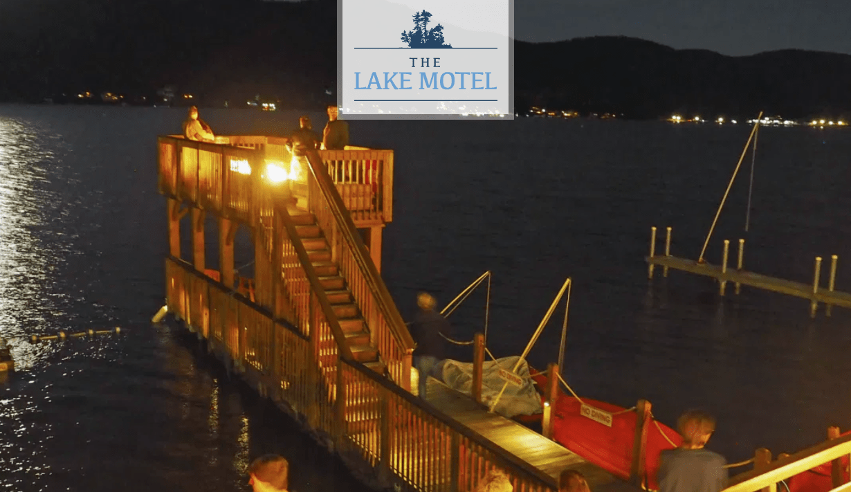 Lakefront photo of Lake Motel Floating Dock